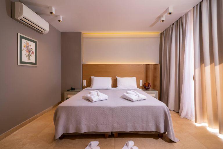 Deluxe-suite-room6